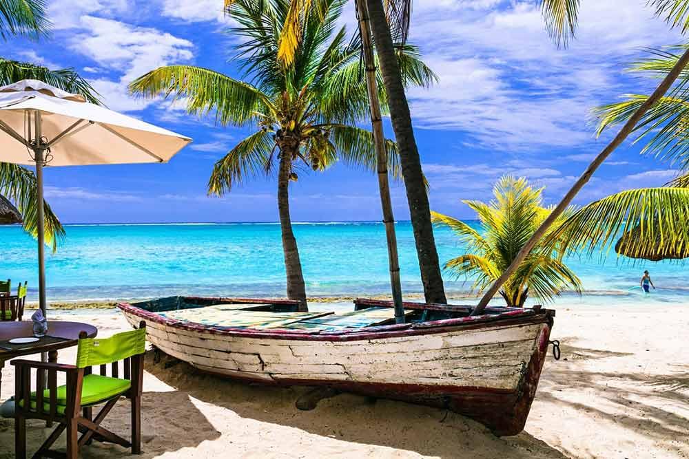 Mauritius Beach - Your Next First Class Destination - Just Fly Business