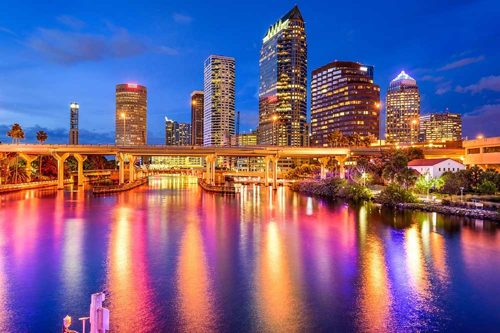 Tampa Skyline - Your Next First Class Destination - Just Fly Business