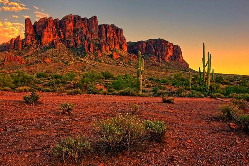 Desert Sunset with Red Rock Mountain near Phoenix, Arizona