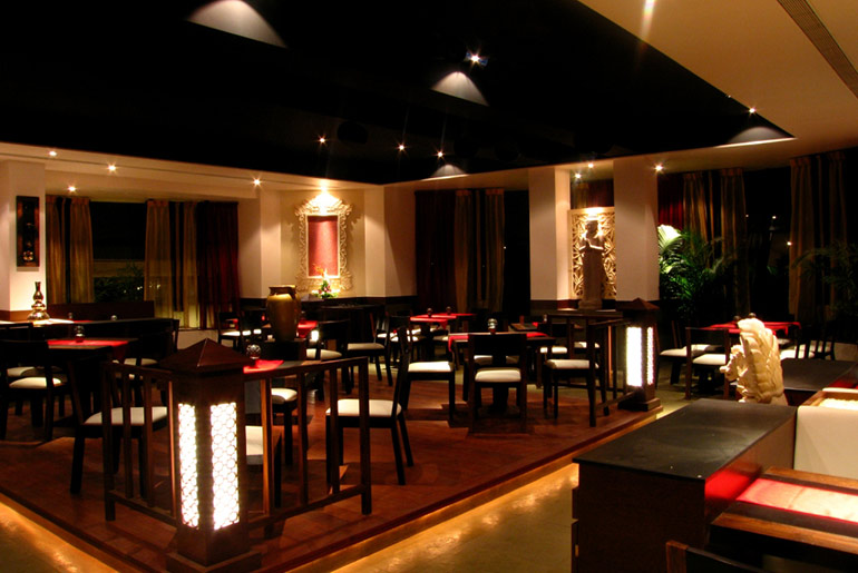 Dubai Restaurant - Luxury Restaurant in Dubai - Just Fly Business