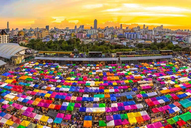 Colourful Market in Bangkok - Best Street Markets - Just Fly Business