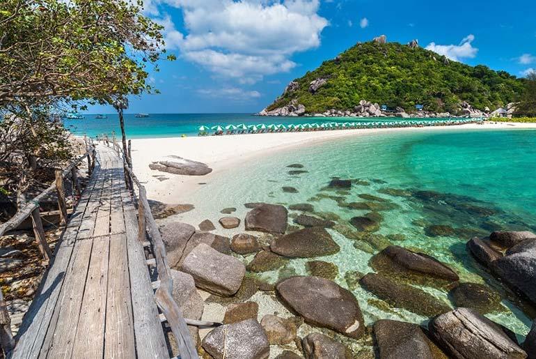 Nang Yuan Beach near Koh Tao, Thailand
