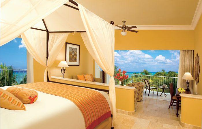 Honeymoon ocean view suite