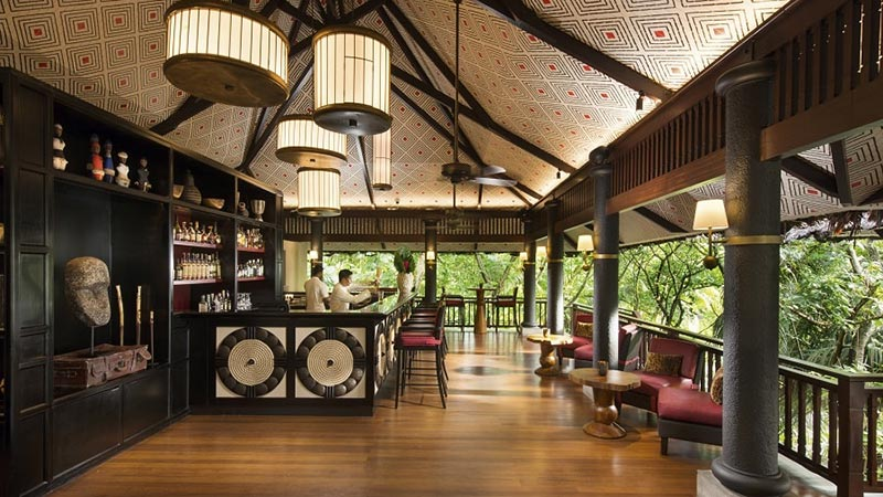 Cocktail Bar - Luxury Holiday at Constance Lemuria Seychelles - Just Fly Business