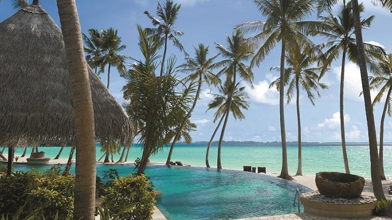 Pool with Sea View - Shangri-La Villingili Resort Maldives - Just Fly Business