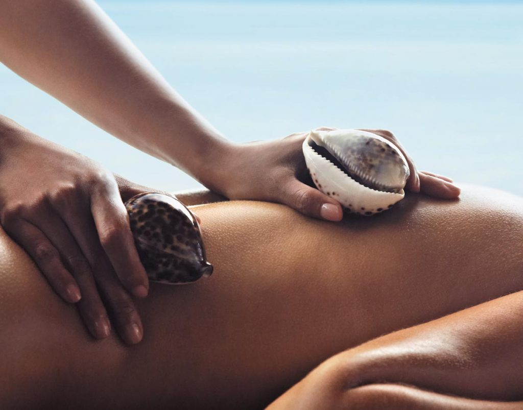 Massage with shells