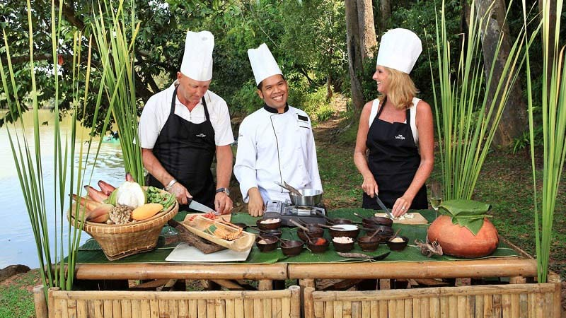 Cooking Class - Luxury Holiday at Sarojin Khao Lak | Just Fly Business