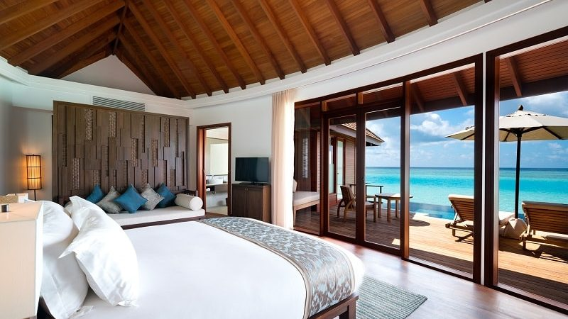 suite with pool overlooking the sea