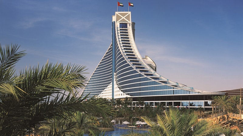 Hotel Exterior - Luxury Holiday at Jumeirah Beach Hotel | Just Fly Business