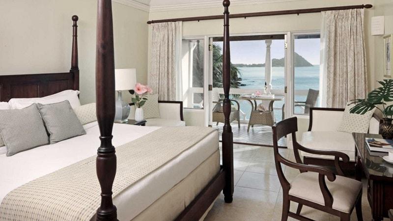 luxury room overlooking the sea