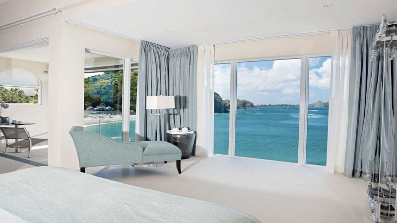 penthouse suite with view of sea