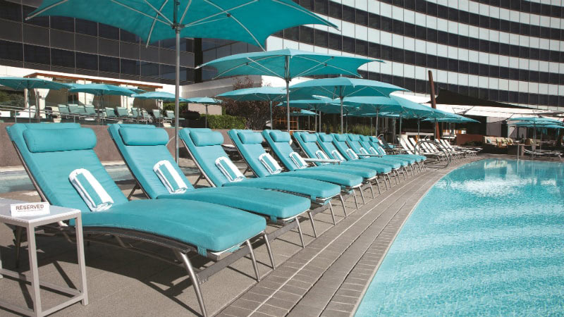 Pool Lounges - Luxury Holiday at Vdara Hotel & Spa | Just Fly Business