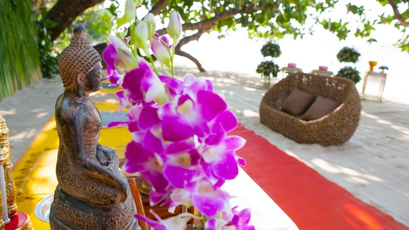 Beach Blessing - Luxury Holiday at The Sarojin Khao Lak | Just Fly Business