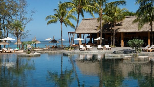 outrigger mauritius pool view