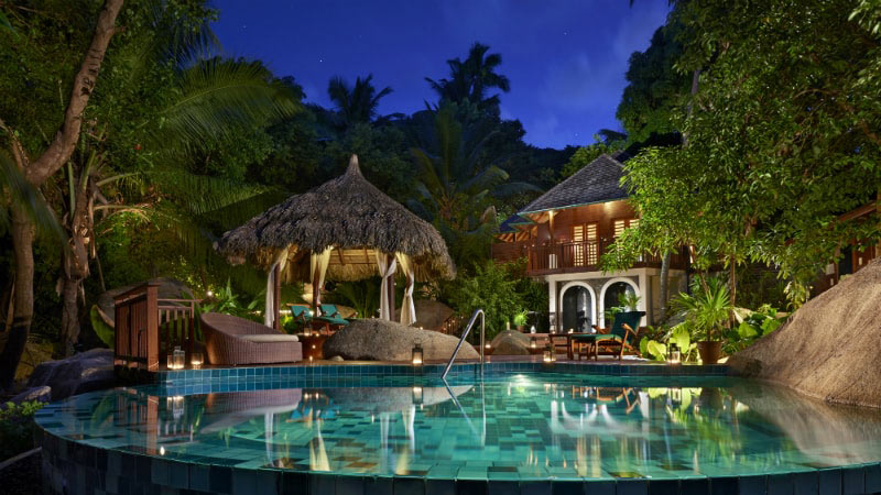 Pool at Night - Luxury Holiday at Hilton Labriz Resort & Spa | Just Fly Business
