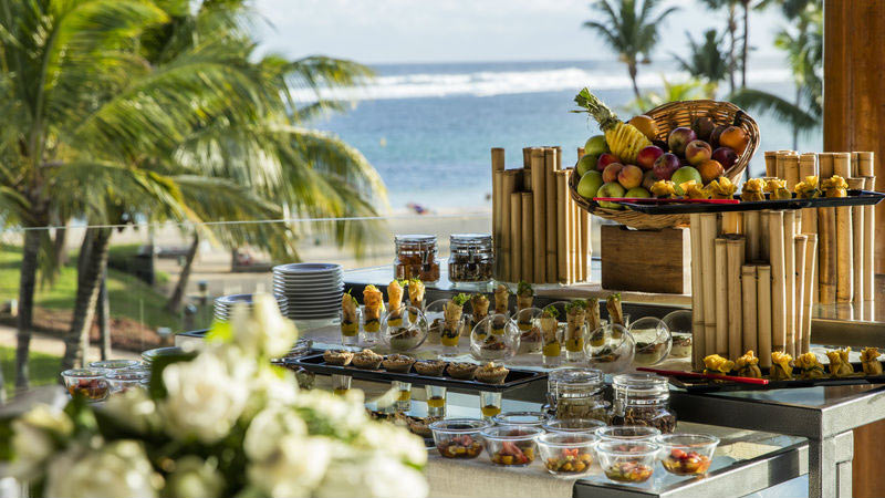 Luxury Offers to Outrigger Mauritius Beach Resort | Just Fly