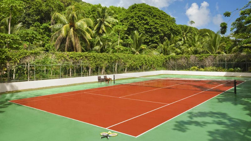 Tennis Court - Luxury Holiday at Hilton Labriz Resort & Spa | Just Fly Business