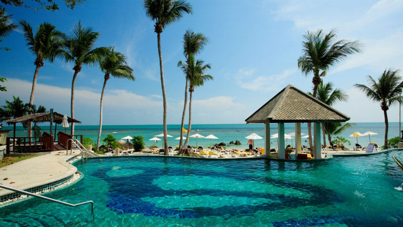 Beachfront Pool - Luxury Holiday at Centara Villas Samui | Just Fly Business