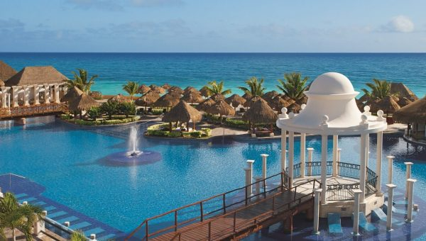 Now Saphire Riviera Cancun HERO