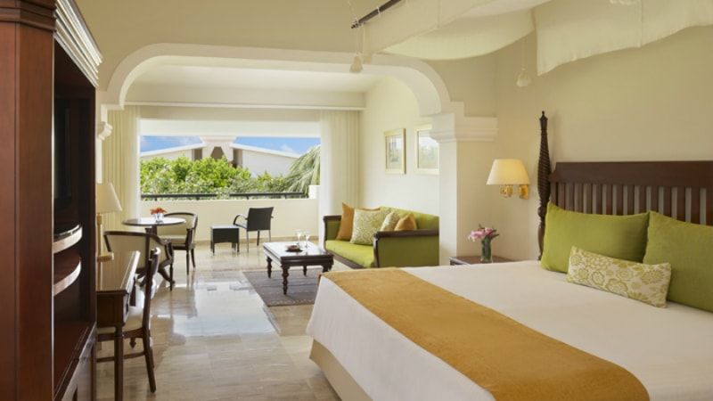 Now Sapphire Riviera Cancun Preferred Club Junior Suite Tropical View