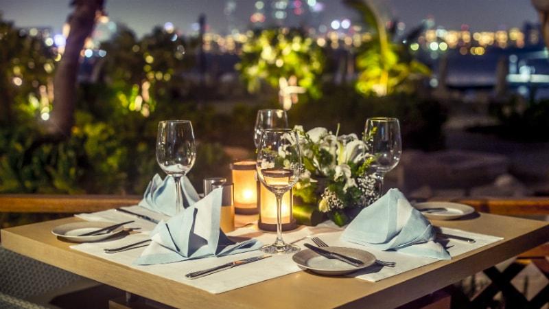 Waldorf Astoria Dubai Palm Jumeirah dining