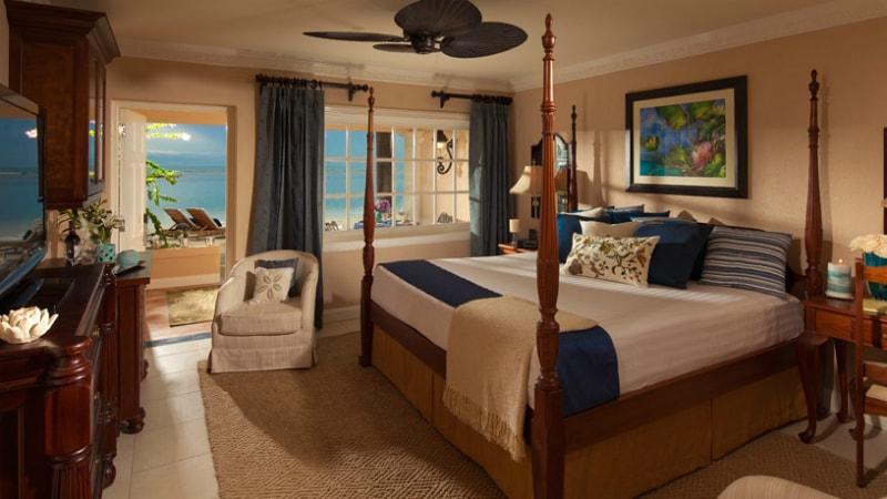 Beachfront Honeymoon Walkout Club Level Room at Sandals Royal Caribbean
