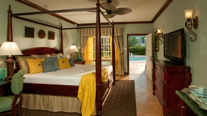 Caribbean Grande Luxe Poolside at Sandals Royal Caribbean