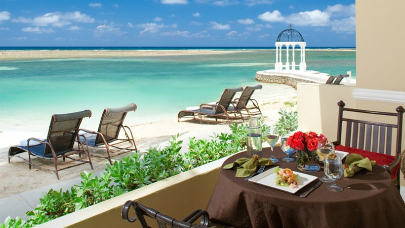 Royal Beachfront One Bedroom Butler Suite at Sandals Royal Caribbean