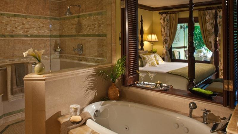 Walkout Swim up Crystal Lagoon Honeymoon Butler Suite at Sandals Royal Caribbean