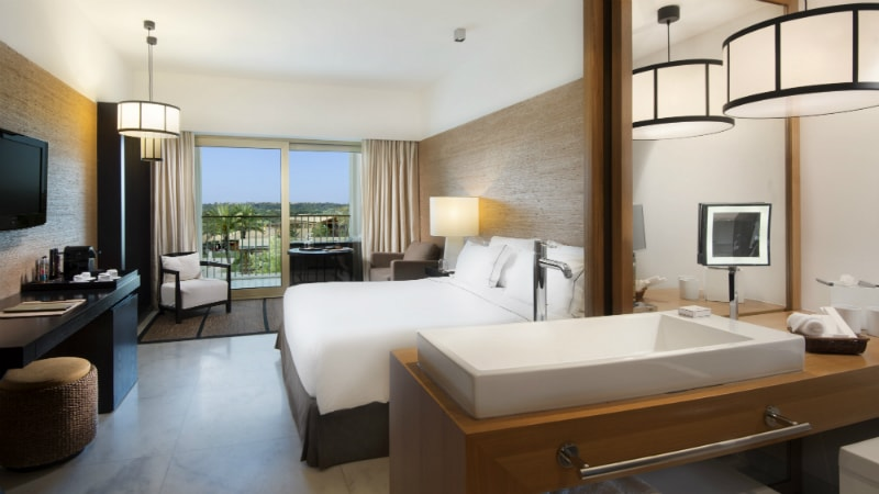Deluxe Pool View - Luxury Holiday at Anantara Vilamoura | Just Fly Business