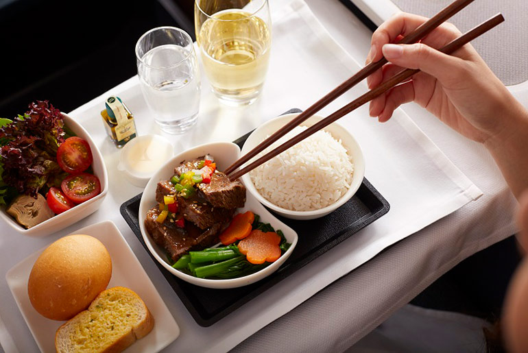 Business Class Meal - Fly Business Class For Meetings | Just Fly Business