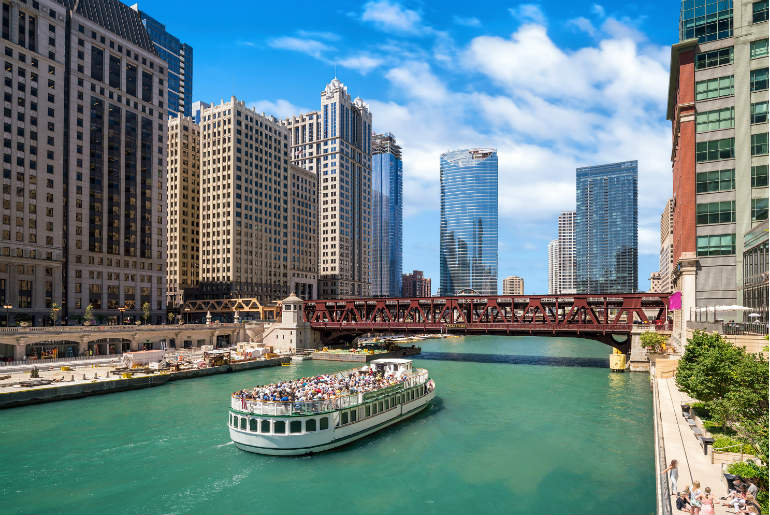 Windy City Will Blow You Away - Chicago River | Just Fly Business