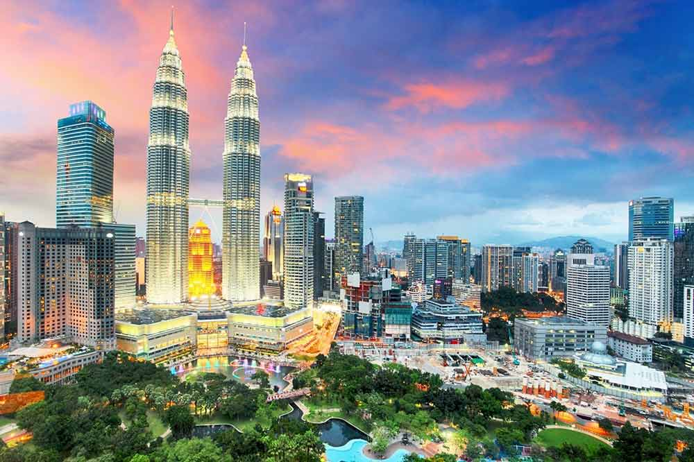 Kuala Lumpur Skyline - Malaysia Airlines Business Class | Just Fly Business