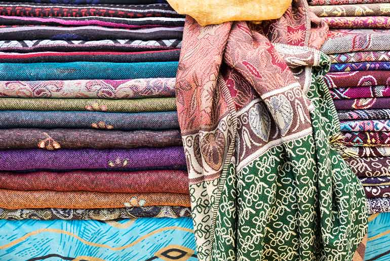 Pashminas - What to Wear on Business Class | Just Fly Business