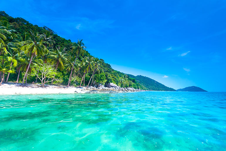 Beautiful beach in Koh Samui. Your next business class destination