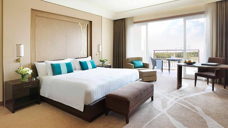 Master Bedroom with Balcony of Deluxe Balcony Room - Anantara Eastern Mangroves Hotel & Spa
