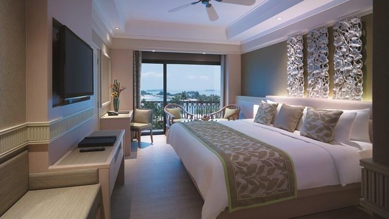 The deluxe sea view room at Shangri La Rasa Sentosa Resort Resort & Spa, Singapore