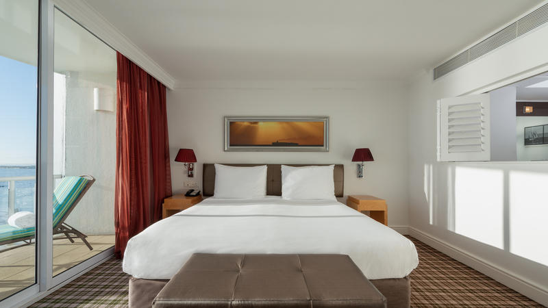 A junior suite at the Radisson Blu Hotel Waterfront, Cape Town