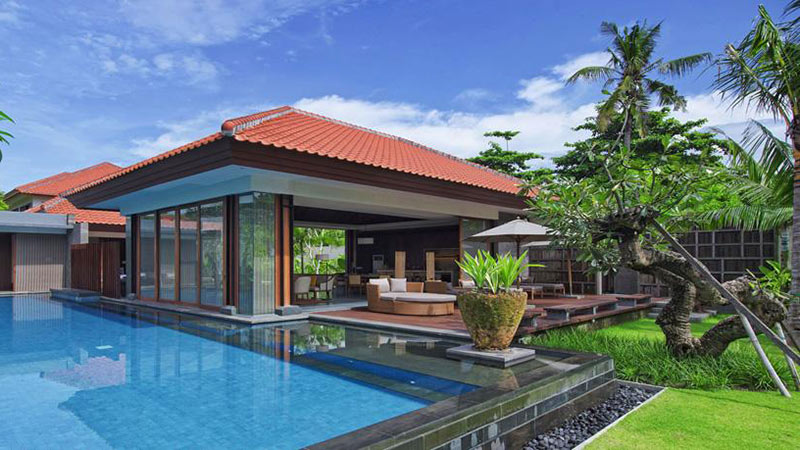 Private outdoor pool of the Presidential Beachfront Villa at the Fairmont Sanur Beach, Bali