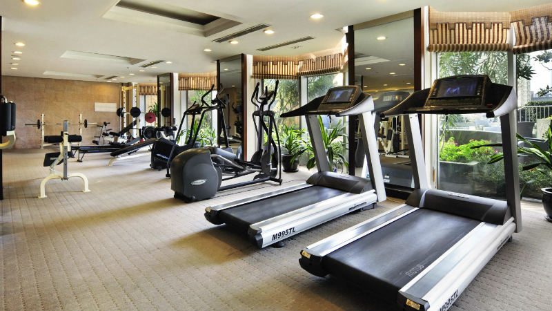 Treadmills at the Sofitel Shanghai Hyland gym