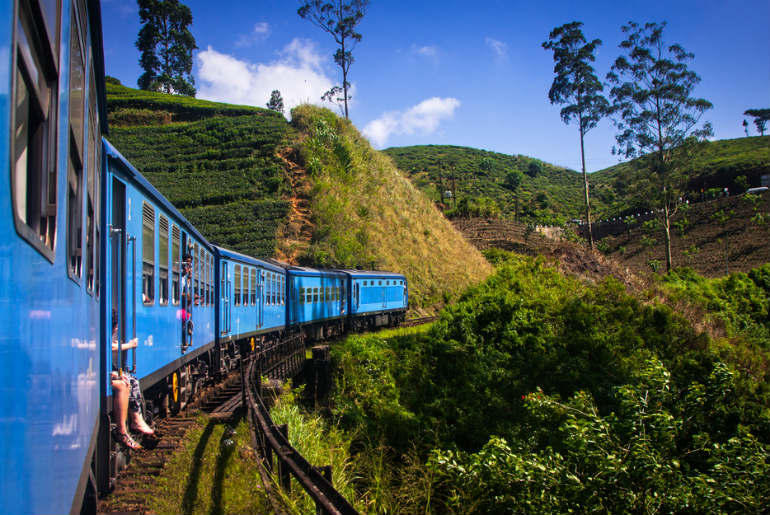 the train to journey from Kandy to Ella