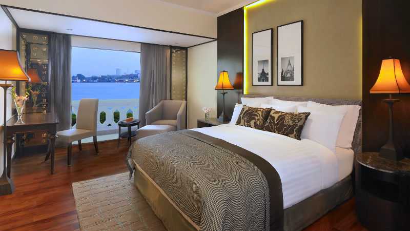 The Deluxe Riverfront Room at the Anantara Riverside Bangkok Resort