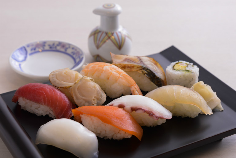 Sushi in the Emirates business class lounge