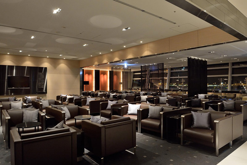Plush seating in the ANA business class lounge