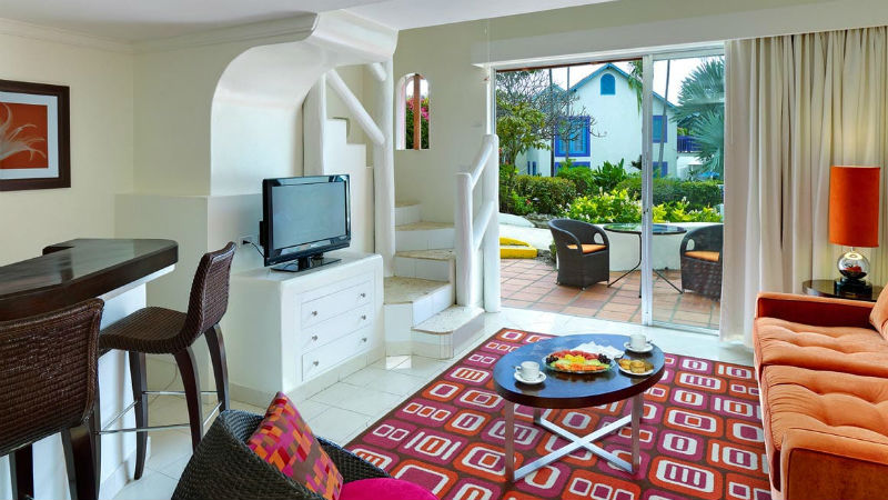 The One Bedroom Suite Garden View room at the Crystal Cove by Elegant Hotels