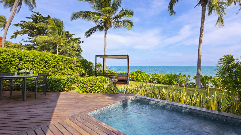 Beachfront Plunge pool Suite at the Outrigger koh Samui Beach Resort