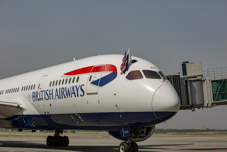 British Airways 787 waves the flag
