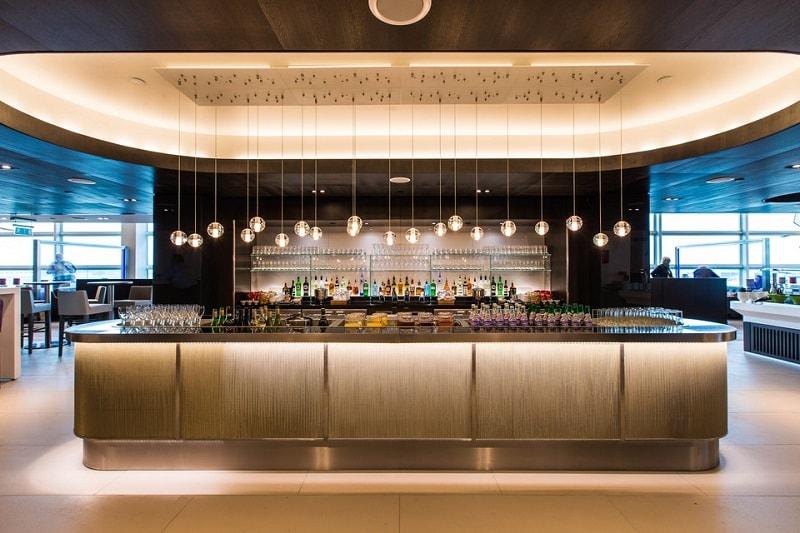 Bar at the BA Club Lounge