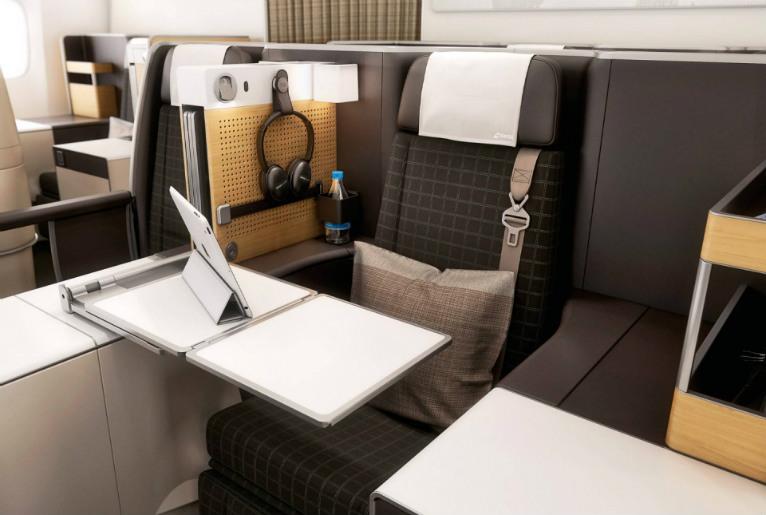 B777 swiss business class cabin