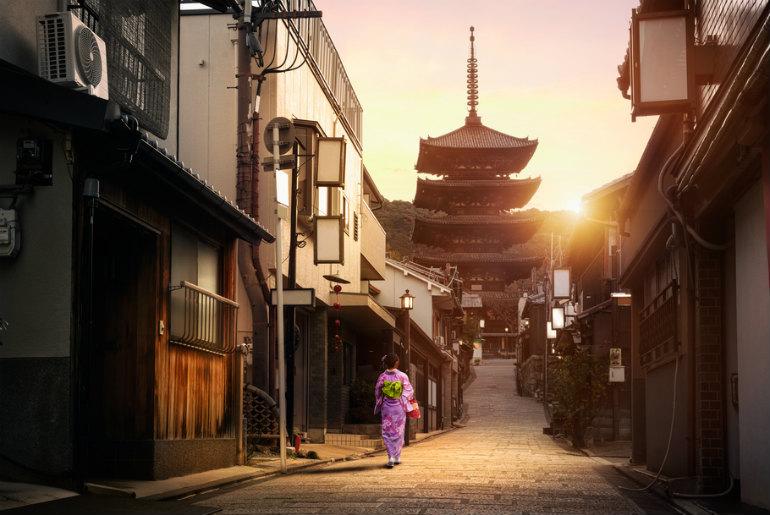 Yasaka Pagoda and Sannen Zaka